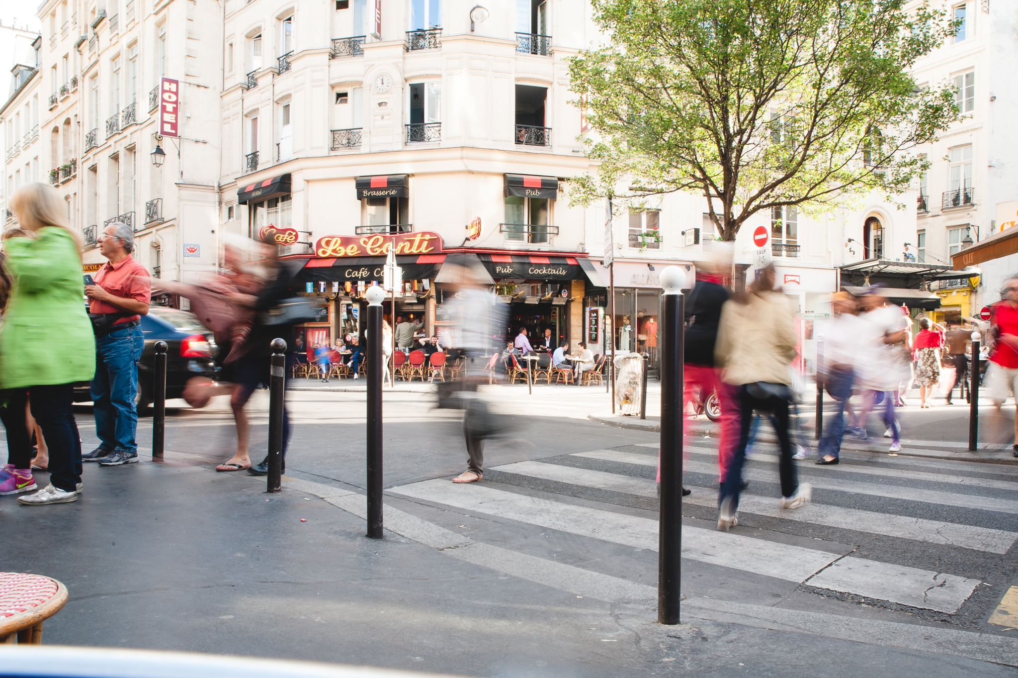 slow shutter speed for street photography