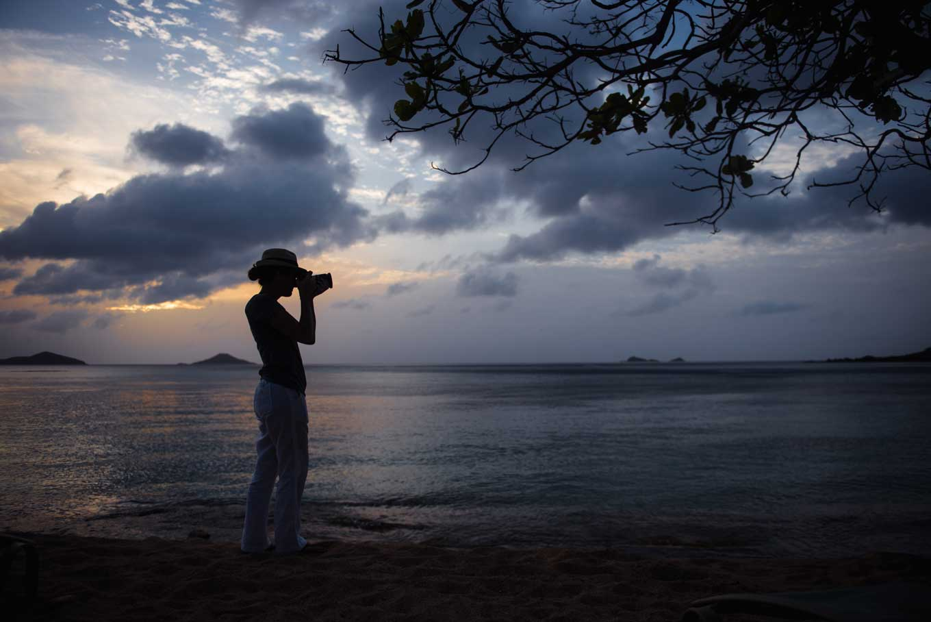 10 Incredibly Easy Ways to Take Silhouette Photos