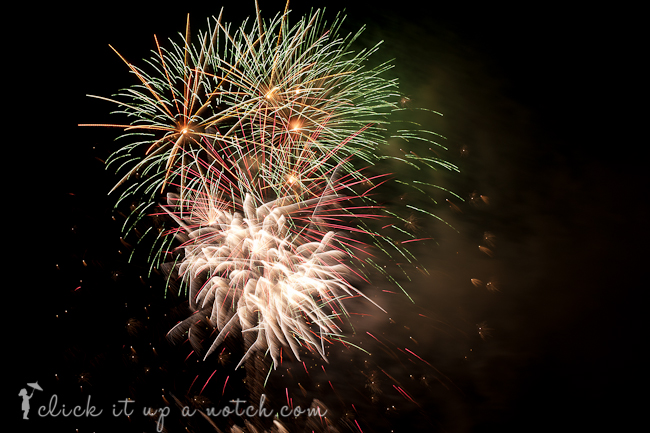 how to photograph fireworks (1 of 1)