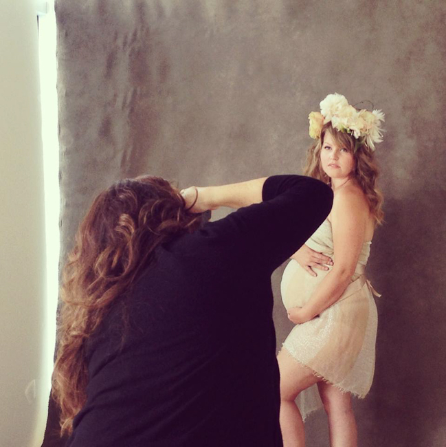 Pregnancy Photography: 12 Dos and Don'ts for Flawless Maternity Portraits  by Sue Bryce via Click it Up a Notch