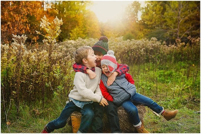 5 Tips for Capturing Authentic Sibling Relationships