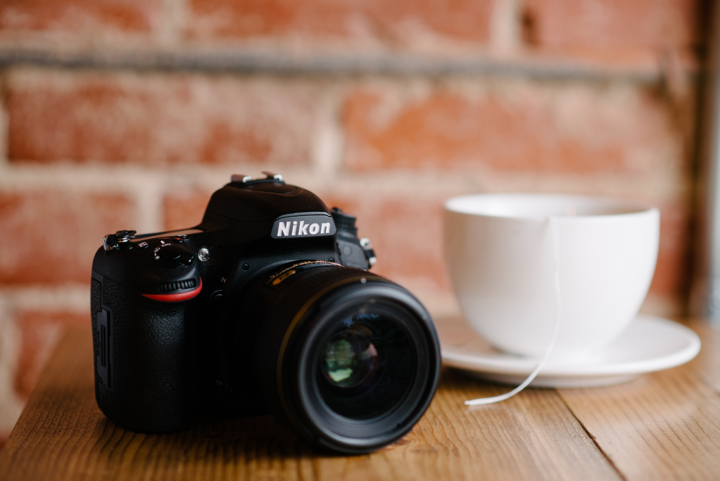 essential items that are must-have photography equipment for beginners